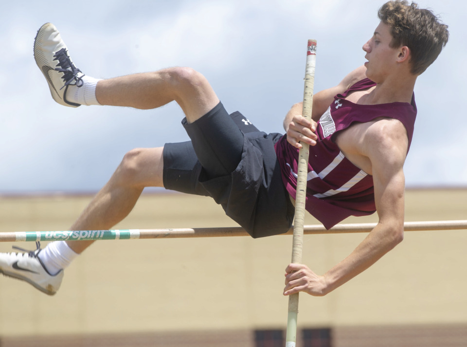 <strong>Collierville High School freshman Daden Shive competes in the boys pole vault competition at the 4-AAA sectional track meet Monday, May 13, 2019, at Arlington High.</strong> (Greg Campbell/Special to The Daily Memphian)