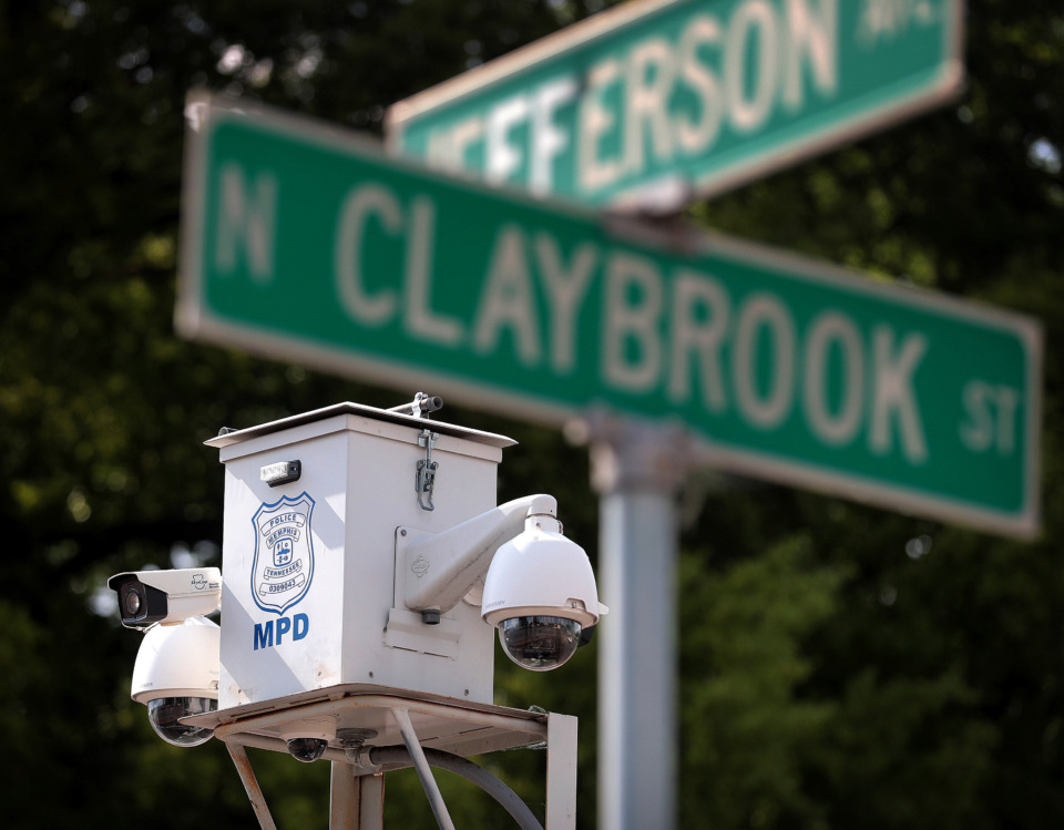 <strong>A SkyCop camera keeps an eye on the intersection of Claybrook and Jefferson near the Manna house. Shelby County Mayor Lee Harris has proposed $650,000 in SkyCop funding for the county.</strong> (Jim Weber/Daily Memphian)