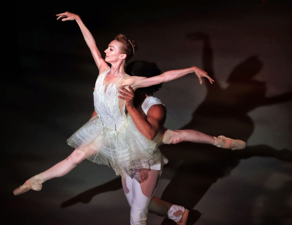 official photos 53a05 b976b A prima ballerina retires 'on top' - The Daily Memphian