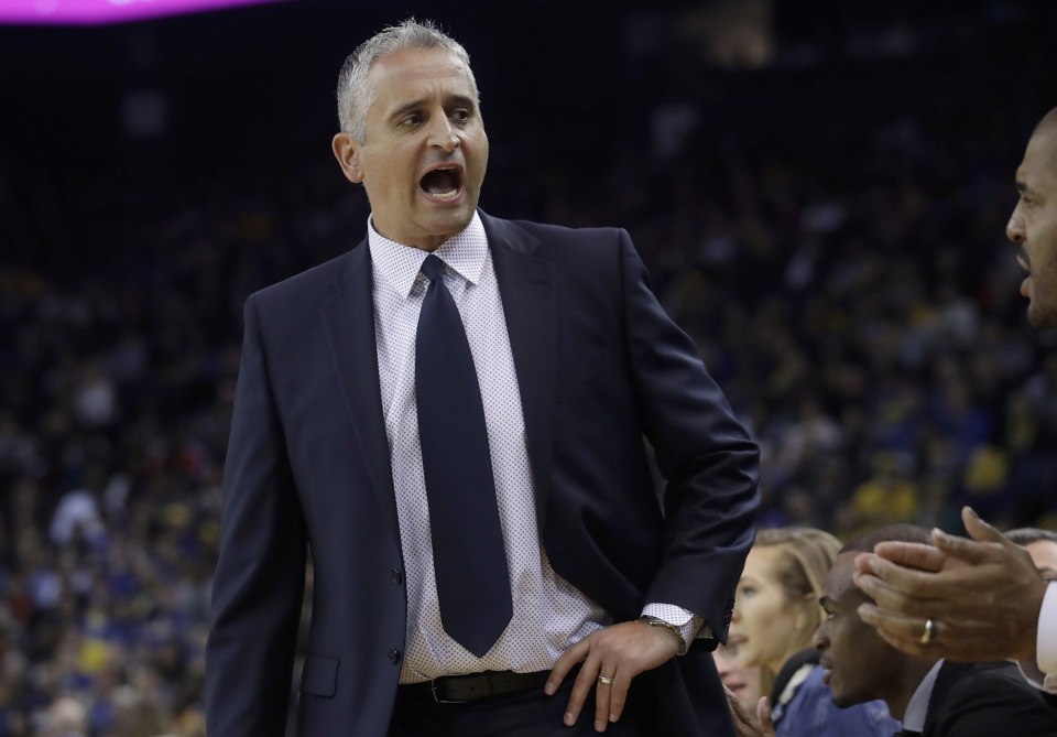 <span><strong>Phoenix Suns head coach Igor Kokoskov yells toward his bench during the first half of his team's NBA basketball game against the Golden State Warriors in Oakland, Calif., Sunday, March 10, 2019.</strong> (AP Photo/Jeff Chiu)</span>