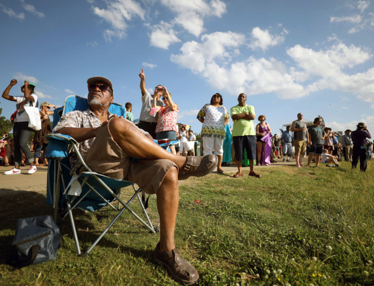 <strong>Irving Carter watches the AVG Air Show on Saturday, May 25, 2019.</strong>&nbsp;(Patrick Lantrip/Daily Memphian)