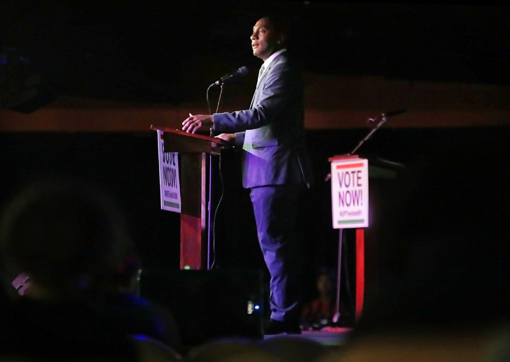 <strong>Shelby County Mayor Lee Harris addresses the crowd during the People's Convention on June 8, 2019, at the Paradise Entertainment Center as politicians, activists and engaged voters gather to select a slate of candidates in the local October elections.</strong> (Jim Weber/Daily Memphian)