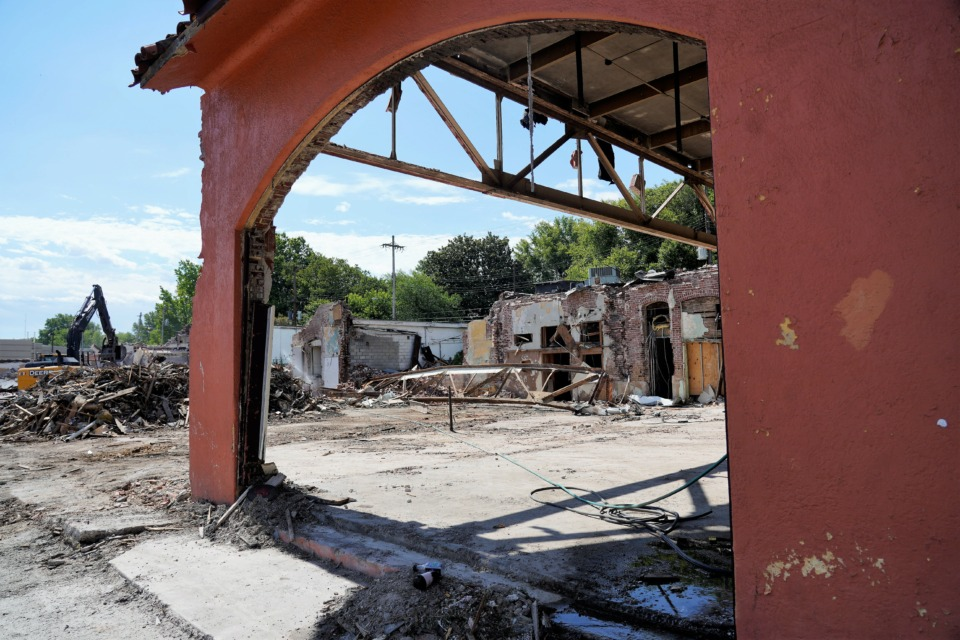 <strong>A crew is razing more of a nearly century-old strip shopping center on Union, between Rozelle and Avalon, to make room for two new buildings.</strong> (Tom Bailey/The Daily Memphian)&nbsp;