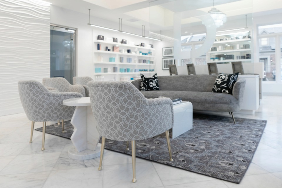 <strong>The lobby and seating area at the new Levy Dermatology Cosmetic Center on Poplar.</strong>&nbsp;(Courtesy Levy Dermatology)