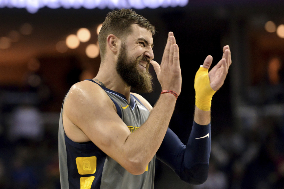 <span><strong>Memphis Grizzlies center Jonas Valanciunas applauds during the second half of the team's NBA basketball game against the Houston Rockets Wednesday, March 20, 2019, in Memphis, Tenn. The Grizzlies won 126-125 in overtime.</strong> (AP Photo/Brandon Dill)</span>
