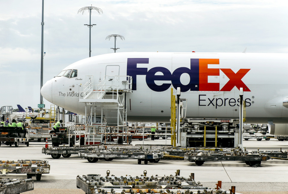 "<strong>FedEx top management has held firm to a commitment to ""operate independently, compete collectively,"" which has historically separated Memphis-based FedEx Express and Pittsburgh-area based FedEx Ground.</strong>&nbsp;(Houston Cofield/Daily Memphian file)"