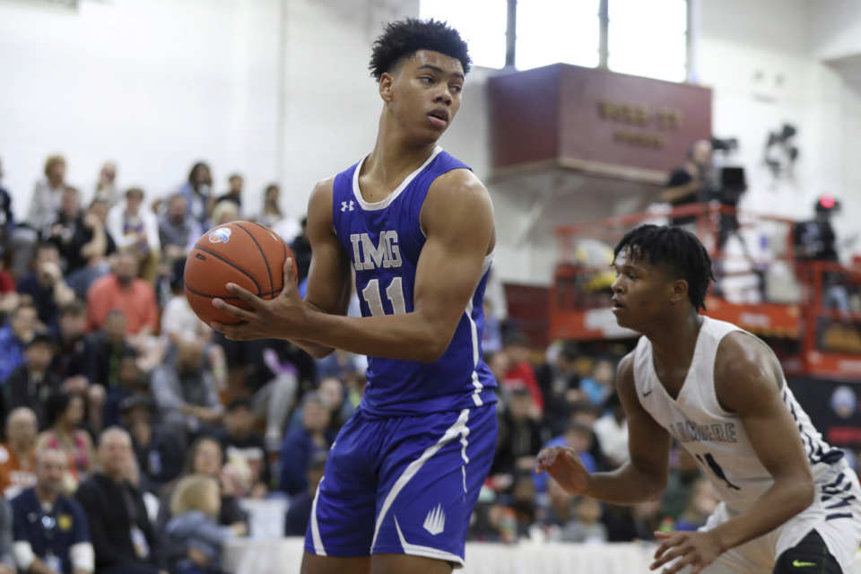 <strong>Five-star prospect Jaden Springer (11), a 6-foot-4 guard for IMG Academy, has included Memphis among his final five list of schools.&nbsp;</strong>(AP Photo/Gregory Payan)