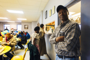 <strong>Anthony Braxton waits for his meal next to the serving windows of the Society of St. Vincent de Paul of Memphis Ozanam Food Mission.</strong> (Ziggy Mack/High Ground News)