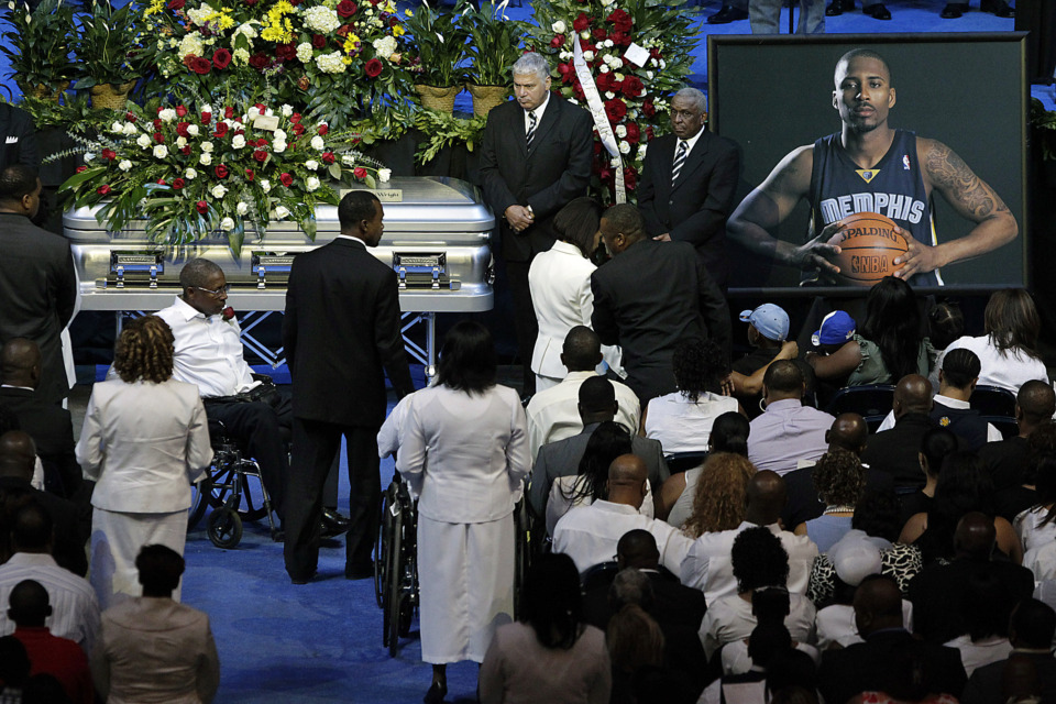 <strong>Friends and family of former NBA basketball player Lorenzen Wright offer tribute at a memorial service at FedExForum on Aug. 4, 2010. Thursday marks the ninth anniversary of when Wright was last seen alive.</strong> (AP Photo/Lance Murphey)