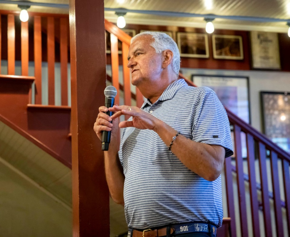 <strong>Nick Vergos, speaking June 23, 2019, to a crowd of Make-A-Wish supporters at Vergos' Rendezvous restaurant, died Thursday, Sept. 5, 2019.</strong> (Mike Kerr/Special to The Daily Memphian)