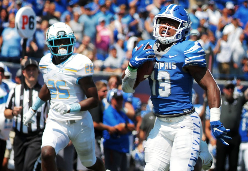 <strong>University of Memphis running back Kenneth Gainwell (19) sprints past the Southern University defense on his way to his first touchdown in the first half of the Tigers game against Southern University at Liberty Bowl Memorial Stadium on Saturday, Sept. 7, 2019.&nbsp;</strong>(Patrick Lantrip/Daily Memphian)