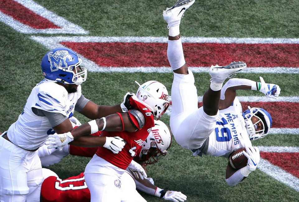 <strong>Memphis running back Kenneth Gainwell (19) scores against South Alabama in the first half of a NCAA football game Saturday, Sept. 14, 2019, at Ladd-Peebles Stadium in Mobile, Ala.</strong> (Mike Kittrell/AL.com)