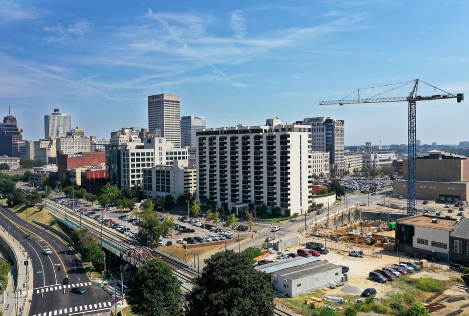 <strong>The crane hovering over the One Beale construction site Downtown Sept. 17 gives mute credence to economist John Gnuschke's assertion that the city's economy is the best it's been in 40 years.</strong>&nbsp; (Patrick Lantrip/Daily Memphian)