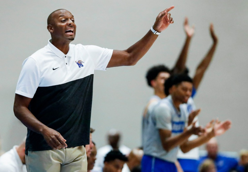 <strong>Memphis Tigers head coach Penny Hardaway (left) during action against the NPBA Select in their exhibition game in Nassau, Bahamas on Aug. 15, 2019.</strong> (Mark Weber/Daily Memphian).
