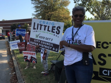 <strong>Jerry Robertson supports her candidate outside Greenlaw Community Center Thursday morning.</strong>&nbsp;(Wayne Risher/Daily Memphian)