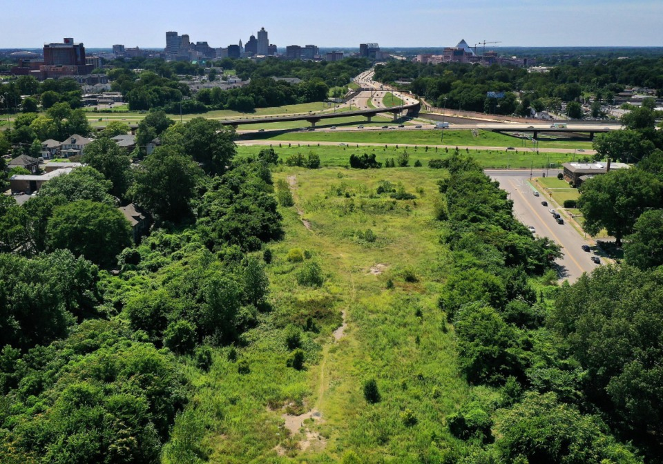 """<strong>A half-century after road builders created a nine-acre mound for a Crosstown section of Interstate 40 that was never built, the city now has two developers working together on a plan for the """"Crosstown Mound.""""</strong> (Jim Weber/Daily Memphian)"""