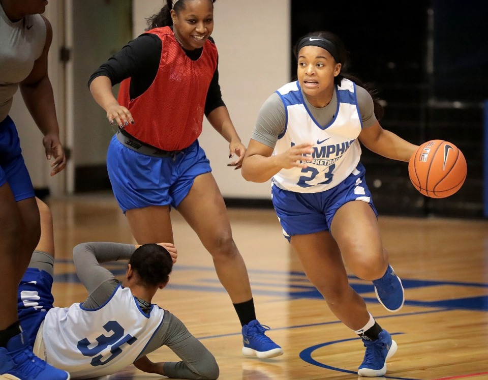 <strong>University of Memphis point guard Jamirah Shutes (23) runs defensive drills on Nov. 14, 2018, at the Elma Roane Fieldhouse.</strong>&nbsp;<strong>An investigation by The Pictor Group of the Memphis women's basketball program pinned several problems on the athletic administration.</strong> (Jim Weber/Daily Memphian)
