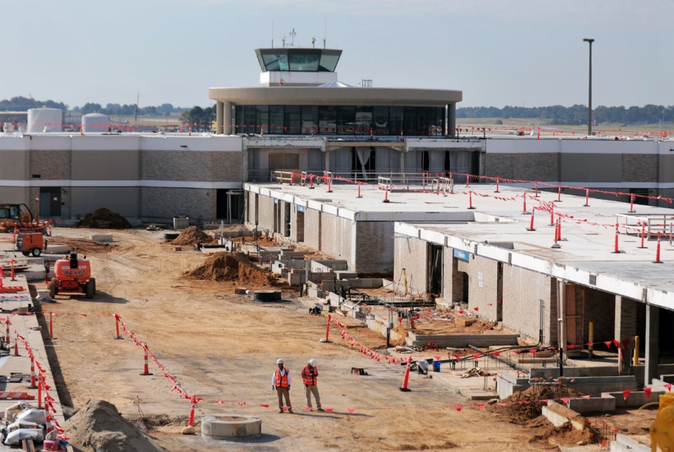 <strong>After 10 months of demolition and foundation work on Memphis International Airport&rsquo;s B Concourse, a crane began moving structural steel into place on Thursday, Oct. 10. The steel will form the framework of a wider, airier concourse.</strong> (Patrick Lantrip/Daily Memphian)