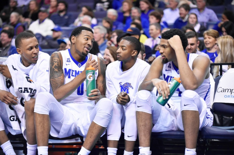<strong>K.J. Lawson (0) talks with some of his teammates the last time he was in FedExForum, on March 2, 2017, when he was playing with the U of M against Tulane.</strong> (Cal Sport Media via AP Images)