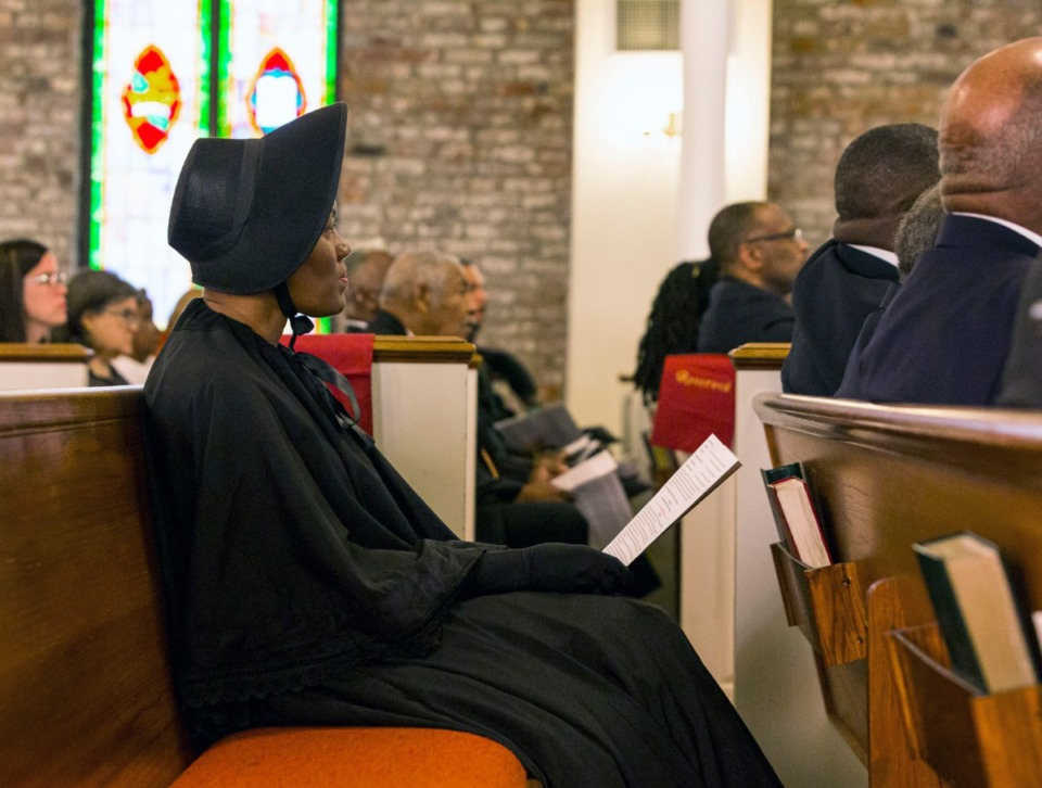 "<strong>Lashonna Jackson attends the Lynching Site Project memorial at Collins CME Chapel Church in&nbsp;</strong><span class=""s1""><strong>Downtown Memphis on Oct. 19, 2019.</strong> (Ziggy Mack/Special to The Daily Memphian.)</span>"