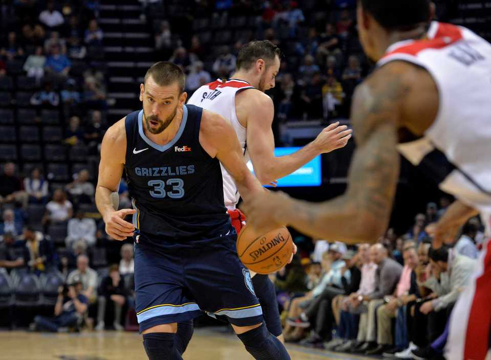 <span><strong>Memphis Grizzlies center Marc Gasol (33) controls the ball in the second half of an NBA game against the Washington Wizards Tuesday, Oct. 30, at FedExForum.</strong>&nbsp;(AP Photo/Brandon Dill)</span>