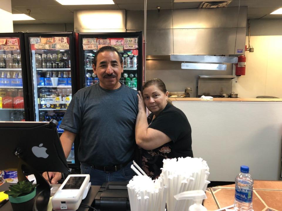 <strong>Juan Antonio Hernandez and his wife, Norma Mendoza, own El Nuevo Mercadito. The restaurant is inside the El Mercadito de Memphis in Hickory Hill.</strong> (A.J. Dugger/High Ground News)
