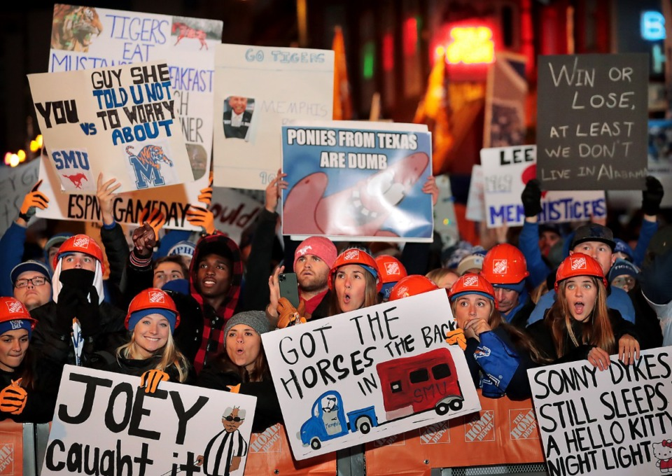 """<strong>Tigers football fans cheer for the cameras during the live broadcast on Beale Street of ESPN's """"College GameDay"""" on Nov. 2, 2019.</strong> (Jim Weber/Daily Memphian)"""