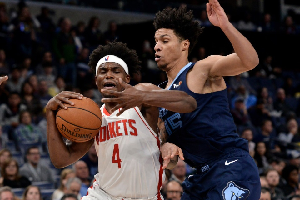 <strong>Houston Rockets forward Danuel House Jr. (4) drives against Grizzlies forward Brandon Clarke (15) Nov. 4.</strong> (Brandon Dill/AP)