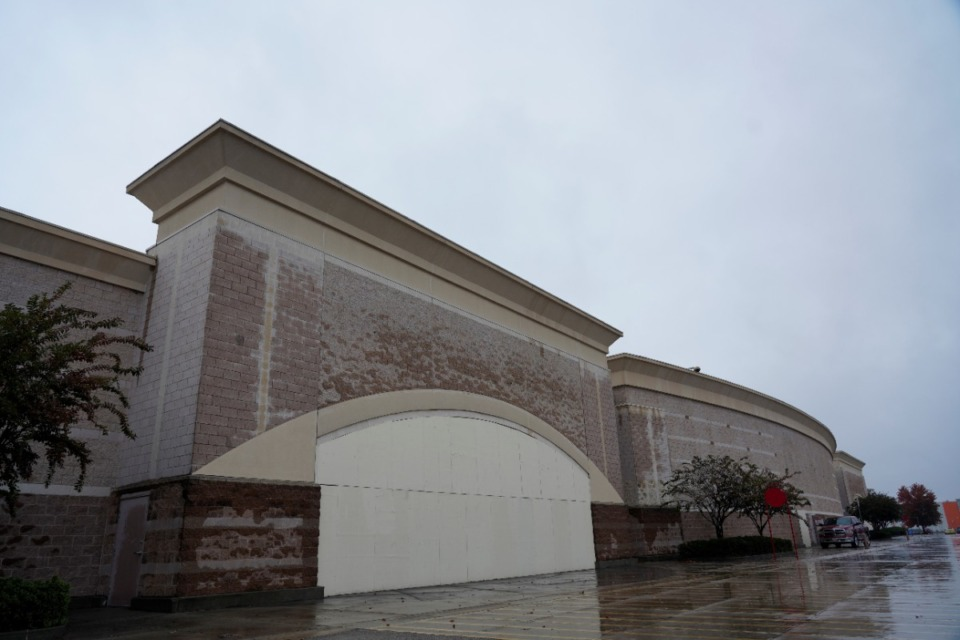 <strong>The former Target building at 475 N. Germantown Parkway will be converted into more than 1,000 personal storage units for Public Storage.</strong> (Tom Bailey/Daily Memphian)