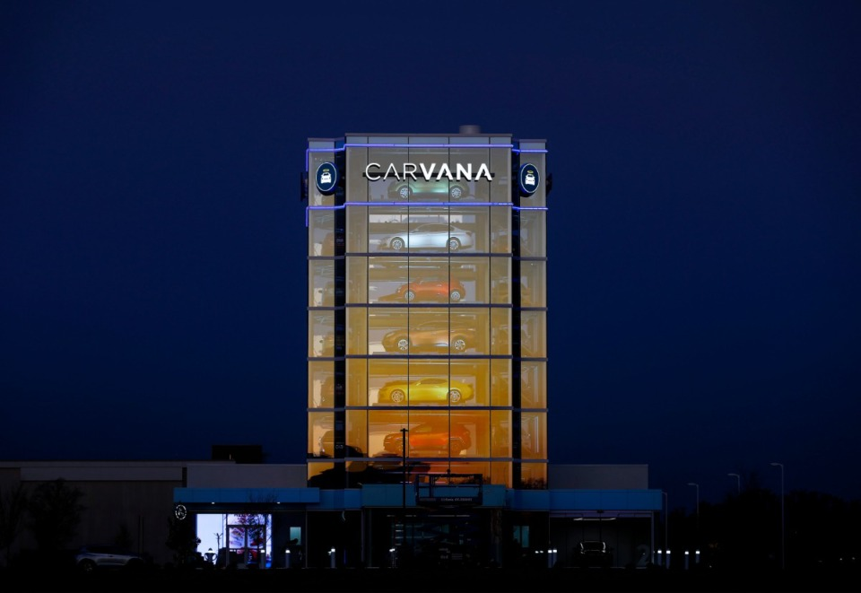<strong>Carvana's eight-story &ldquo;car-vending machine&rdquo; at 7201 Appling Farms Road effectively doubles as a billboard for 161,000 motorists who pass by daily on Interstate 40.</strong> (Mark Weber/Daily Memphian)