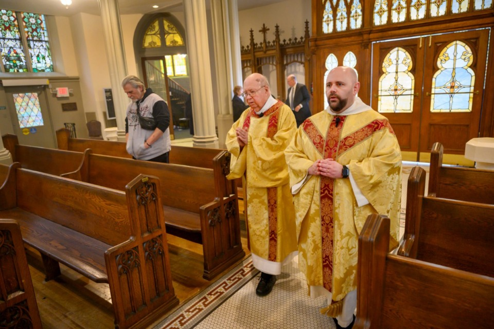 <strong>Father Augustine DeArmond (right), and Deacon Eddie Ramsey begin&nbsp;</strong><strong>the Mass marking the first Catholic service in Memphis, Nov. 17, 2019 at St. Peter Church.</strong> (Greg Campbell/Special to The Daily Memphian)