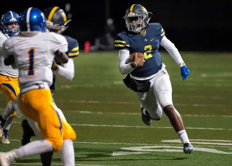 <strong>Lausanne quarterback Schyler Forest finds room to run a keeper in for a touchdown during Lausanne's game against Goodpasture Christian at Lausanne High School on Nov. 2, 2018.</strong> (Jim Weber/Daily Memphian)