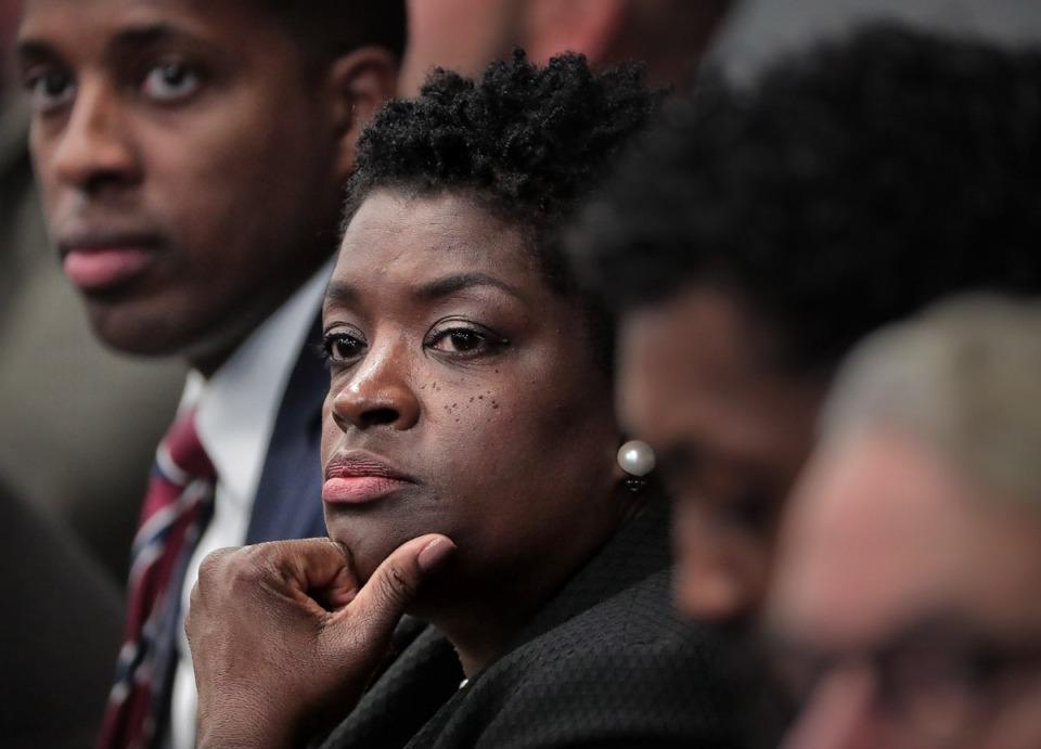 <strong>Rhonda Logan (center), at&nbsp;an executive session of the Memphis City Council on Nov. 19 at City Hall.</strong><strong>&nbsp;</strong>(Jim Weber/Daily Memphian)