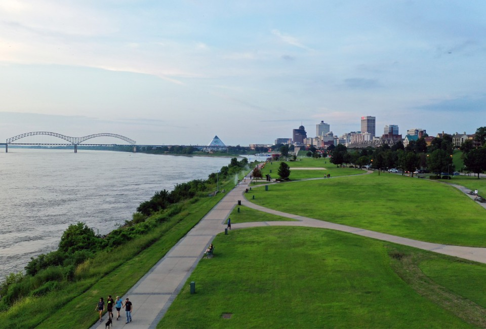 <strong>The Memphis skyline as seen from Tom Lee Park on the evening of Sunday, Aug. 11. Memphis River Parks Partnership President Carol Coletta said the mediated settlement over the design of a reconfigured Tom Lee Park is reportedly close at hand.</strong> (Patrick Lantrip/Daily Memphian)
