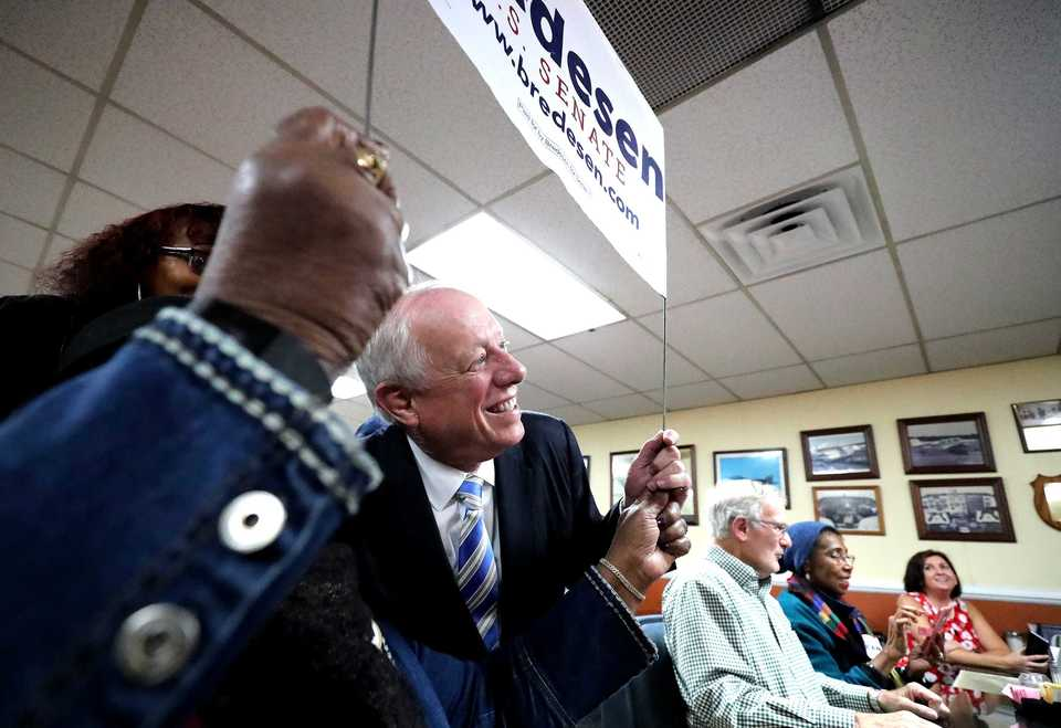 <strong>Democratic U.S. Senate nominee Phil Bredesen greets supporters at Interstate Barbecue on South Third Street on Monday, Nov. 5. Candidates are crisscrossing the state in a last-minute push to get voters to the polls Tuesday.</strong> (Houston Cofield/Daily Memphian)