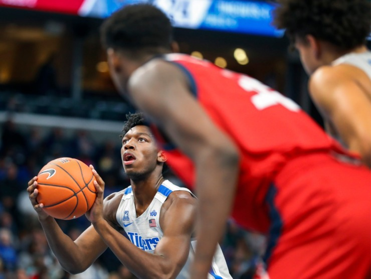 <strong>Memphis center James Wiseman shoots a free throw against UIC during action on Nov. 8, 2019 at FedExForum.</strong> (Mark Weber/Daily Memphian)