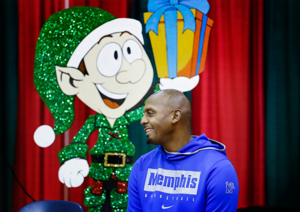<strong>University of Memphis head basketball coach Penny Hardaway smiles during the Tigers' toy giveaway on Dec. 20, 2019, at the Davis Community Center.</strong> (Mark Weber/Daily Memphian)