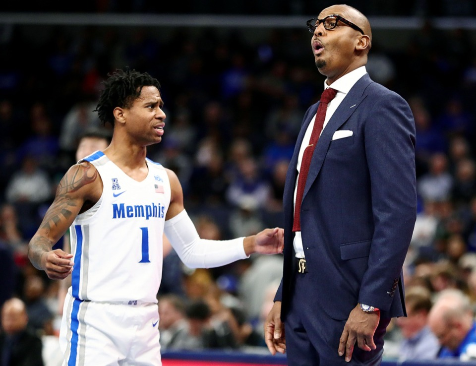 <strong>University of Memphis head coach Penny Hardaway reacts to what guard Tyler Harris (1) says during a timeout against Tulane University at the FedExForum Dec. 30, 2019.</strong> (Patrick Lantrip/Daily Memphian)