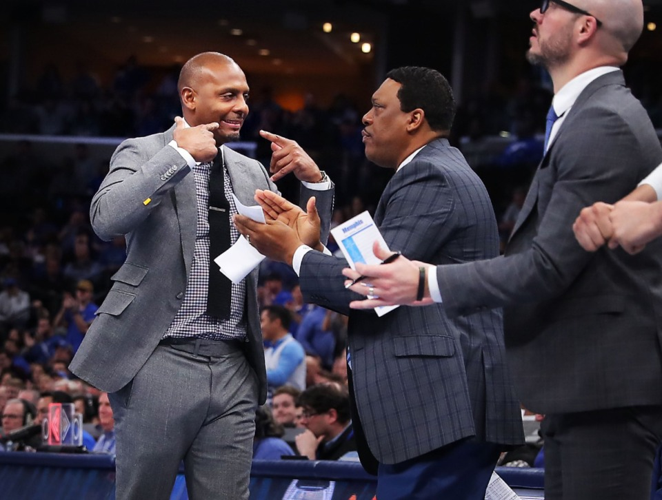<strong>University of Memphis coach Penny Hardaway reacts to a score by Memphis forward Precious Achiuwa during the Tigers' game on Jan. 4, 2020, against Georgia at the FedExForum.</strong> (Jim Weber/Daily Memphian)
