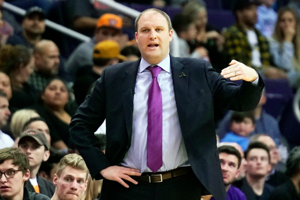 <strong>Memphis Grizzlies head coach Taylor Jenkins in the first half during an NBA basketball game against the Phoenix Suns, Sunday, Jan. 5, 2020, in Phoenix.</strong> (AP Photo/Rick Scuteri)