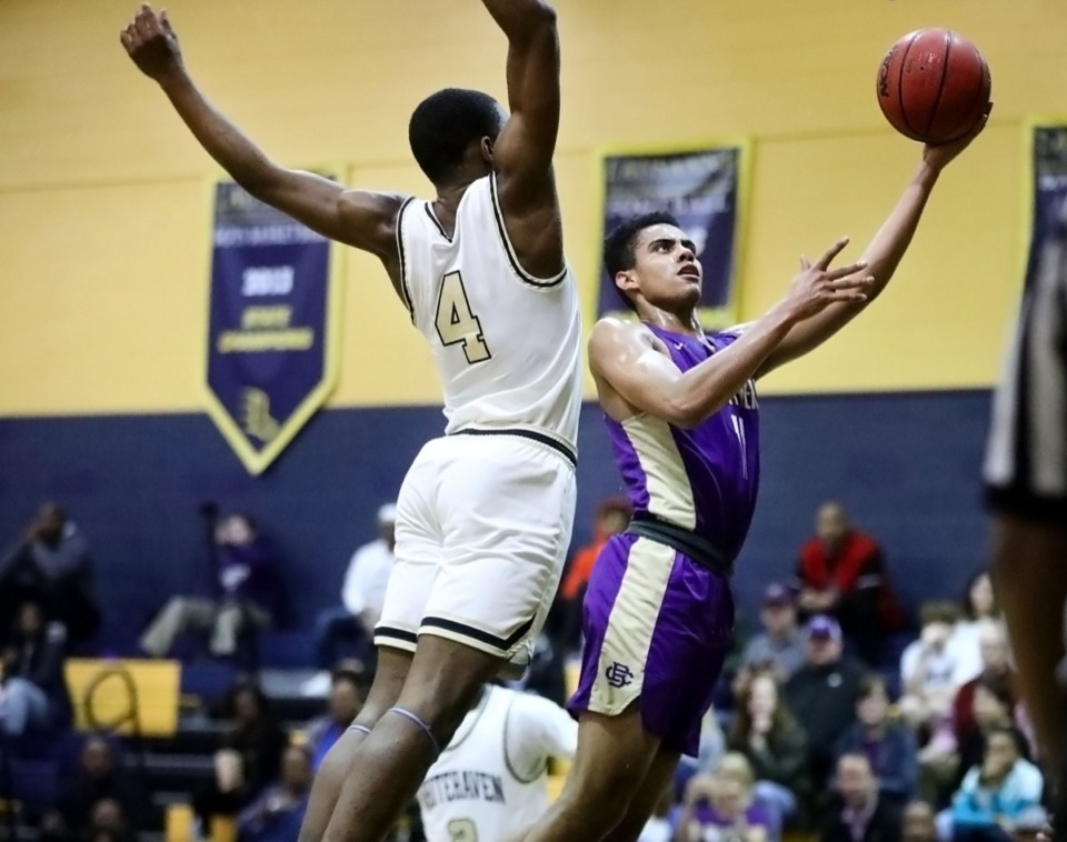 <strong>Christian Brothers High School senior guard Reese McMullen (11) leaps in for a layup during a 64-62 loss in a Jan. 10, 2020, tournament held at Lausanne Collegiate School.</strong> (Patrick Lantrip/Daily Memphian)