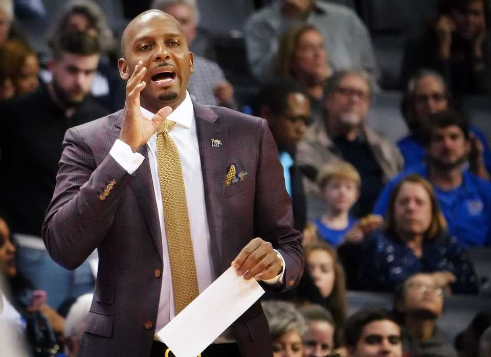 <strong>University of Memphis basketball coach Penny Hardaway has&nbsp;</strong><span><strong>two commitments for his class of 2019, with the beginning of the early-signing period starting next week. The Tigers missed out on four-star prospect Jahmius Ramsey, who officially visited U of M in October but publicly pledged to&nbsp;Texas Tech on Nov. 8.</strong>&nbsp;</span>(Houston Cofield/Daily Memphian)