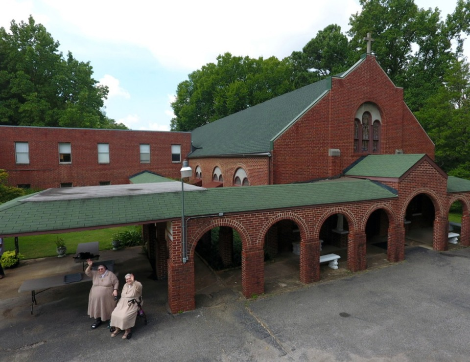<strong>The Poor Clare nuns held the last public Feast of St. Clare mass on Aug, 11, 2019, at the Monastery of St. Clare in Memphis. Just before Thanksgiving, the last of the nuns left the building that has housed their order since 1932 in the Frayser neighborhood.</strong> (Karen Pulfer Focht/Special to The Daily Memphian)