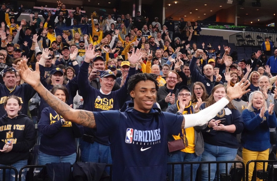 <strong>Murray State fans cheer for Grizzlies rookie Ja Morant, foreground, before the game against Cleveland Friday, Jan. 17, 2020, at FedExForum. Morant played at Murray State.</strong> (Karen Pulfer Focht/AP)