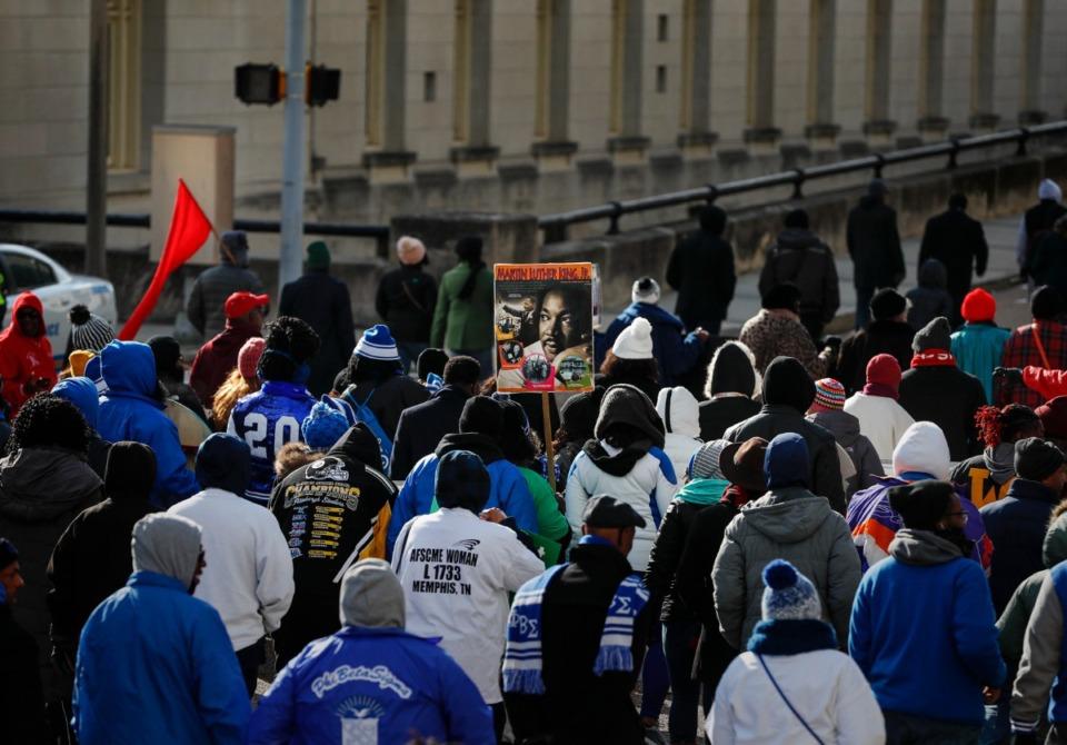 <strong>Hundreds make their way toward the National Civil Rights Museum Monday, Jan. 20.</strong> (Mark Weber/Daily Memphian)
