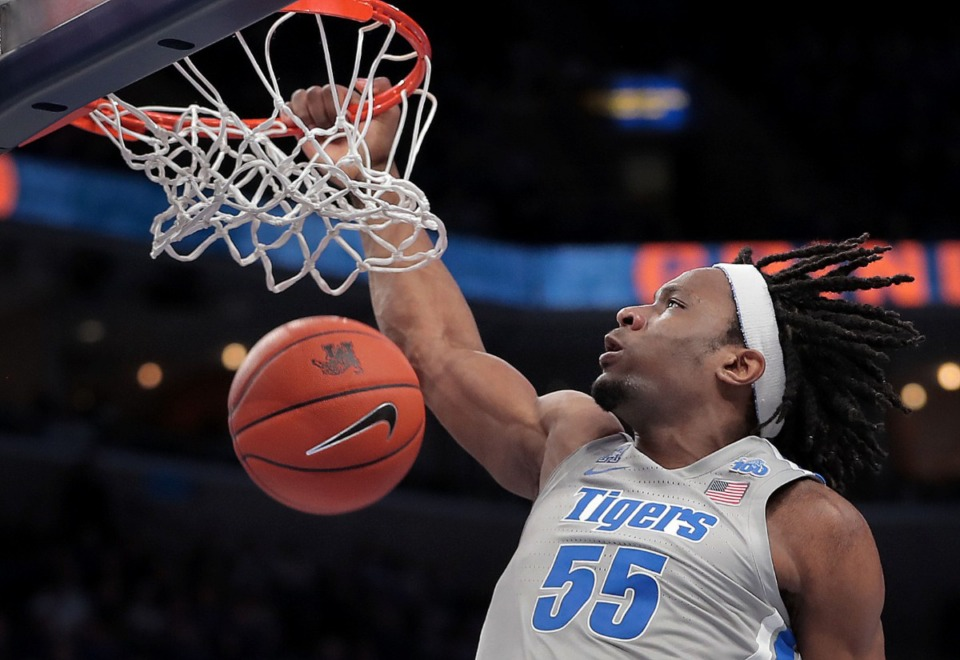 <strong>University of Memphis forward Precious Achiuwa scores a dunk during the Tigers' game on Jan. 25, 2020, against SMU at the FedExForum.</strong> (Jim Weber/Daily Memphian)