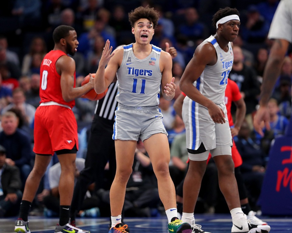 <strong>University of Memphis guard Lester Quinones (11) reacts to a foul call during the Tigers' game on Jan. 25, 2020, against SMU at the FedExForum.</strong> (Jim Weber/Daily Memphian)