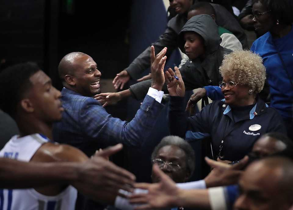 <strong>University of Memphis basketball coach Penny Hardaway greets fans on his way to the locker room after the Tigers' game against LeMoyne Owen at FedExForum on Oct. 25, 2018.</strong> (Jim Weber/Daily Memphian)