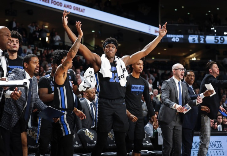 <strong>Memphis' Malcolm Dandridge (middle) reacts to a non-foul call during the final minutes of a 59-57 victory over UCF on Wednesday, Jan. 29, 2020, in Orlando.</strong> (Mark Weber/Daily Memphian)