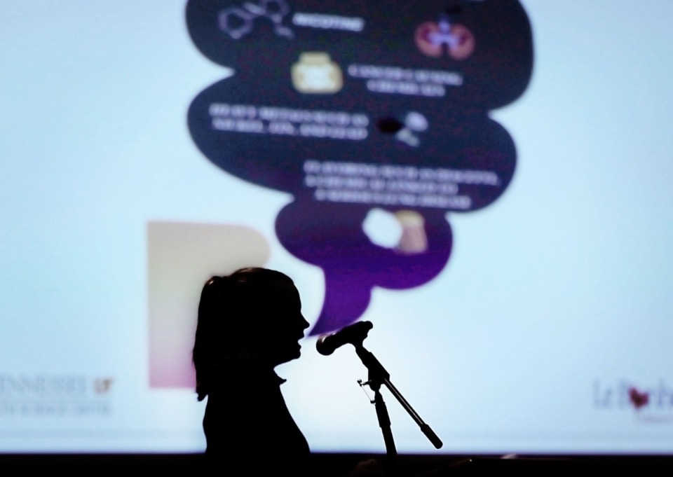 <strong>Lung specialist Dr. Catherine Sanders speaks in front of an anti-vaping slide during a presentation at Arlington High School on Jan. 30, 2020.</strong> (Patrick Lantrip/Daily Memphian)